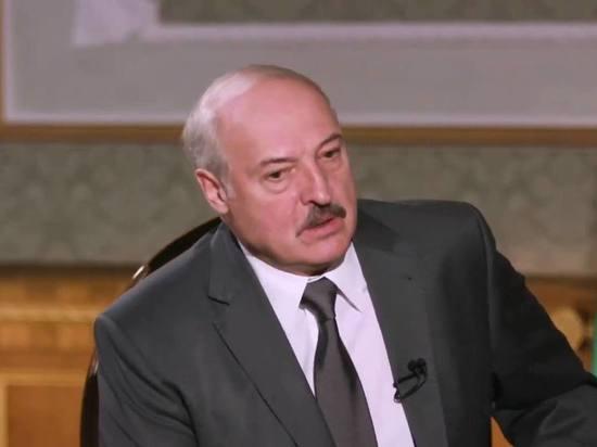 """""""Могу и полведра"""": Лукашенко рассказал с кем выпивает"""