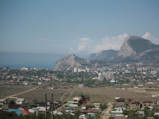 После решения Минфина крымчане боятся, что останутся жить в бараках