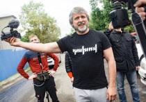 Блогера Алексея Романова выпустили на свободу
