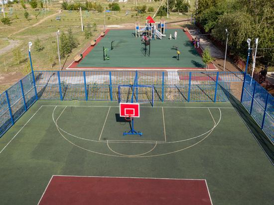 В посёлке Новоизобильном отремонтирован спортивно-оздоровительный комплекс