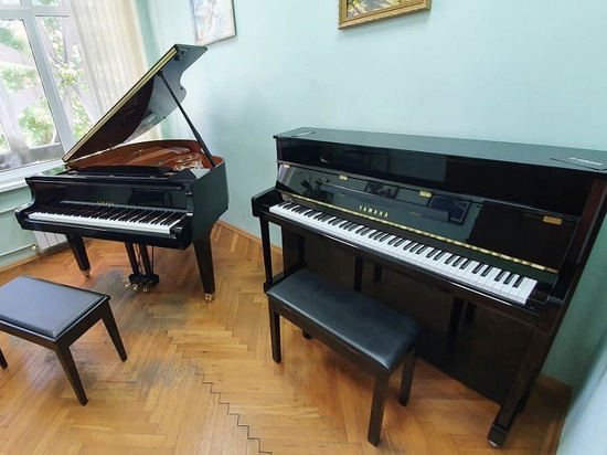 В Сочинский колледж искусств поставили новые музыкальные инструменты