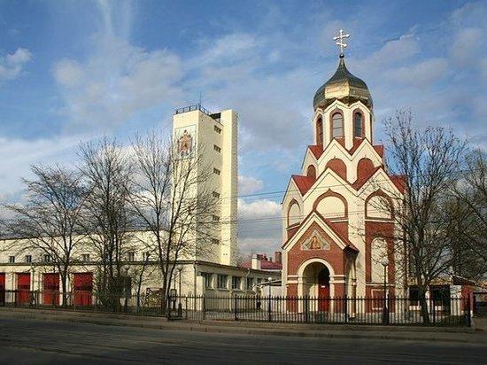 «Нелегальный» храм МЧС решили узаконить в Петербурге