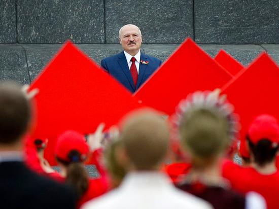 Перед выборами президента Белоруссии западные средства массовой информации говорят об усталости страны от Лукашенко и пытаются прогнозировать развитие событий