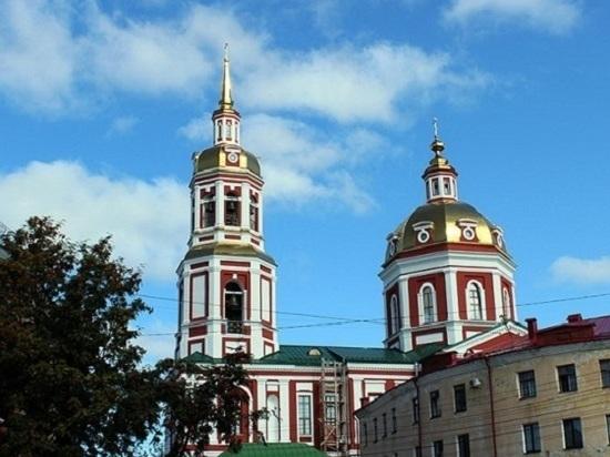 Кировчан приглашают на экскурсии в Спасский собор