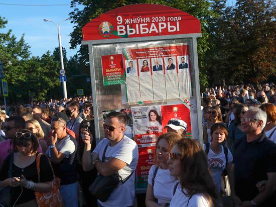 Эксперт оценил белорусские выборы: «Лукашенко тянет до избрания президентом сына»