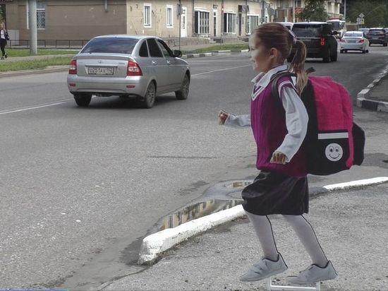 Неизвестные в Новокузнецке сломали картонных детей