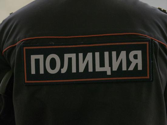 """""""112"""": В Москве неизвестный ударил полицейского ломом по голове"""