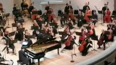 Первый концерт Дениса Мацуева после пандемии: кадры экспрессивной игры