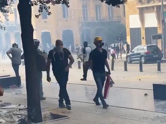 Число пострадавших во время протестов в Бейруте выросло до 728
