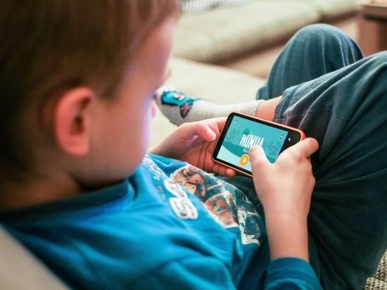 Психолог рассказал о пользе планшетов для детей