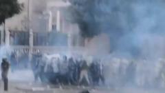 После взрыва Бейрут сотрясают протесты: кадры разгона военными