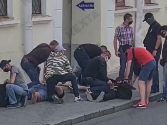 ВМинске задержали репортеров  русского  канала  «Дождь»— Лицом васфальт