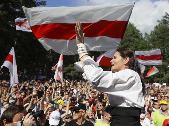 Кандидат в президенты Белоруссии Светлана Тихановская на пресс-конференции фактически заявила о своей победе на выборах