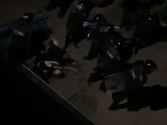 В Минске протестующих вытеснили с проспекта Машерова