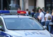 Сотрудники ГИБДД открыли огонь  по  скрывавшемуся от них на автомобиле нарушителю  в ночь на понедельник