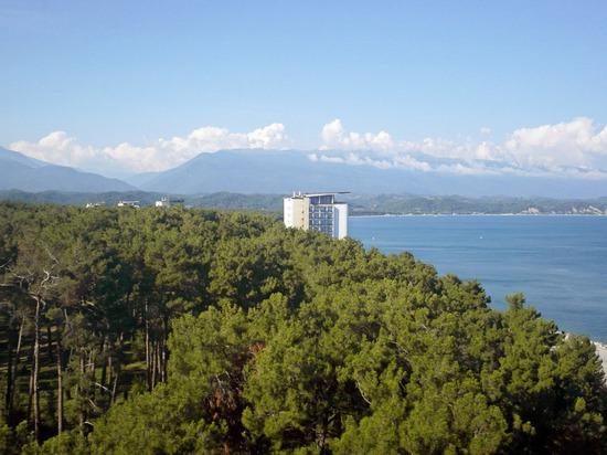 Туристы из России, в числе первых отправившиеся в Абхазию после открытия границы между странами, поделились впечатлениями от отдыха в республике