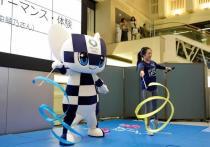 Согласно недавнему опросу организаторов Олимпиады в Токио, более 60 процентов добровольцев, зарегистрированных для участия в Олимпийских и Паралимпийских играх 2020 года, выразили свою озабоченность по поводу того, как будут осуществляться меры по борьбе с коронавирусом.