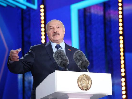 Глава комитета сената США призвал Лукашенко уйти в отставку
