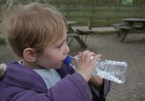 Интернет завален инструкциями экспертов о том, как правильно отличить настоящую минеральную воду