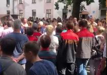 В Белоруссии предприятия начали выходить на забастовку