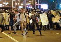 В Белоруссии после выборов президента 2020, на которых по официальной версии победил Александр Лукашенко, начались массовые протесты