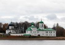 Территорию Мирожского монастыря в Пскове закрыли на карантин