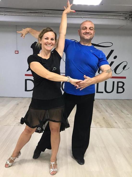 В сахалинском танцклубе уверяют, что учиться никогда не поздно