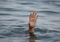 Спасатели на Братском водохранилище ищут тело мужчины, спрыгнувшего с катера