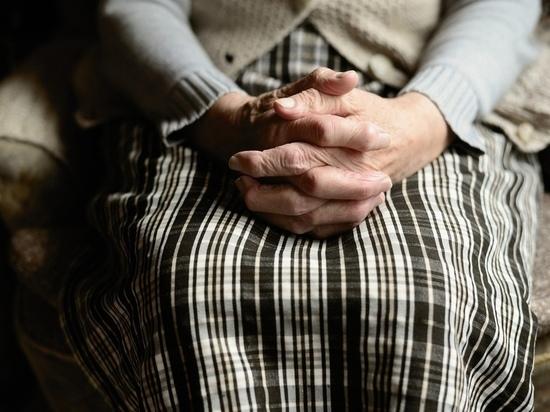 Новосибирскую пенсионерку-инвалида выселяют из квартиры за долги