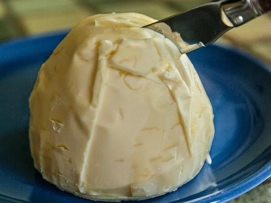 20 тонн французского сливочного масла не пустили в Псковскую область