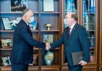 О чем говорили на встрече Игорь Додон и Олег Васнецов