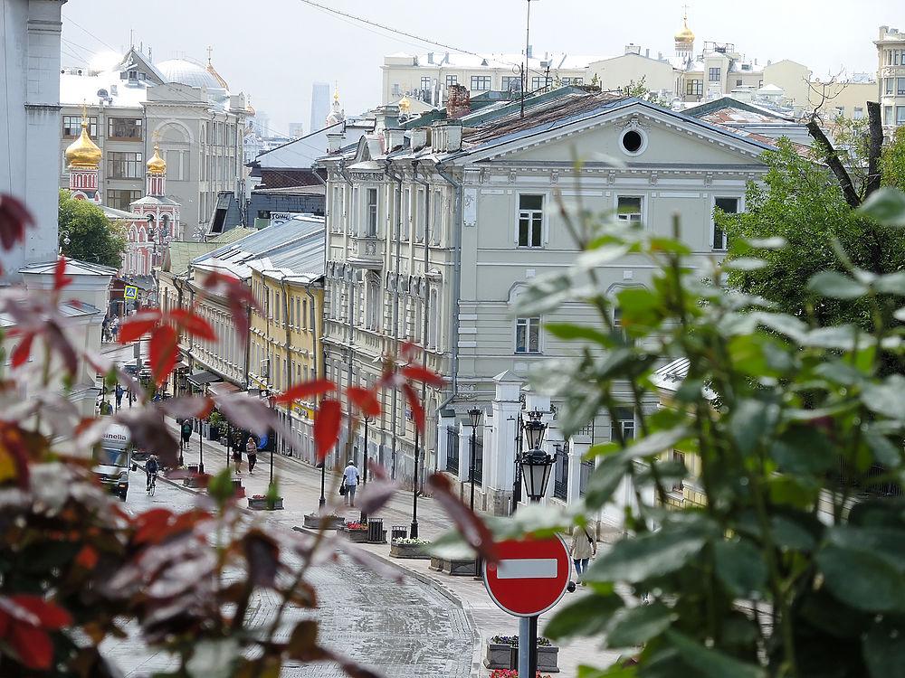 Старейший уголок Москвы на Китай-городе может исчезнуть: фото Ивановской горки