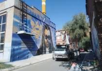Новое граффити в Оренбурге вызвало спор в соцсетях