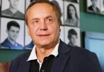 За десятилетия карьеры в кино Андрей Соколов снялся в более чем ста фильмах и сериалах, но для поклонников главными его картинами являются такие хиты как сериал «Адвокат» и знаменитая «Маленькая вера», после съемок в которой актер получил звание секс-символа СССР