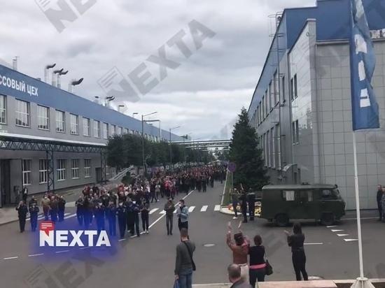 На заводе БелАЗ в белорусском городе Жодино действительно началась несанкционированная акция протеста