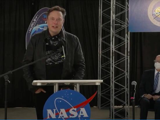 Илону Маску предложили отправить Лукашенко на Марс