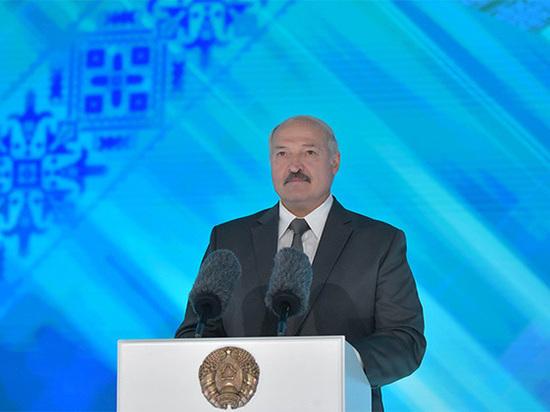 Уволился глава президентского пула Лукашенко