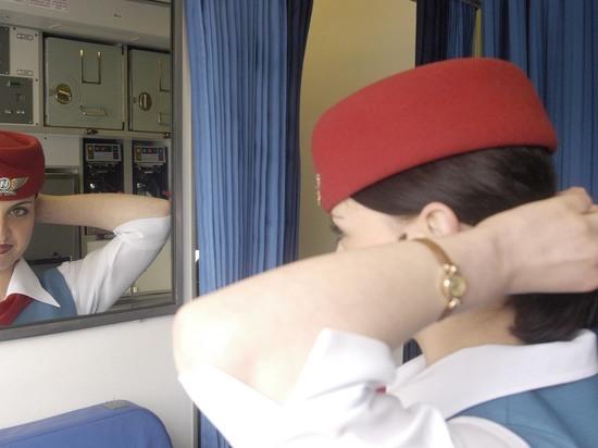 Стюардесса назвала самые мерзкие поступки россиян на борту самолета
