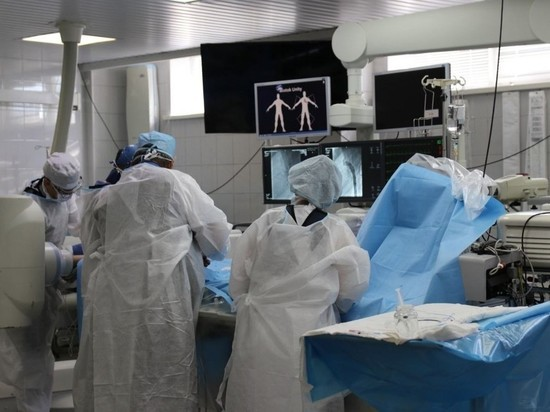 Кузбасские врачи спасли двух младенцев с пороком сердца