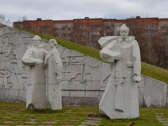 В прокуратуре провели проверку по сообщениям в соцсети о том, что ребёнок вновь осквернил памятник, посвящённый павшим  в Великой Отечественной войне