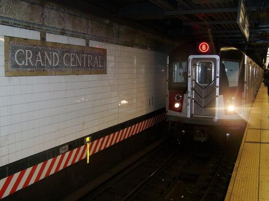 вижение поездов сабвея 4, 5 и 6 от Grand Central в южном направлении будет прекращено в ночное время
