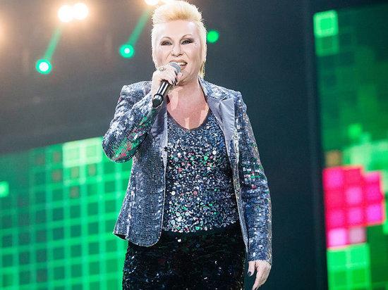 Сегодня в 15:30 в больнице скончалась певица Валентина Легкоступова