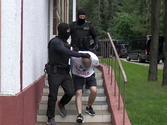 Украина расстроилась из-за депортации 32 россиян из Минска
