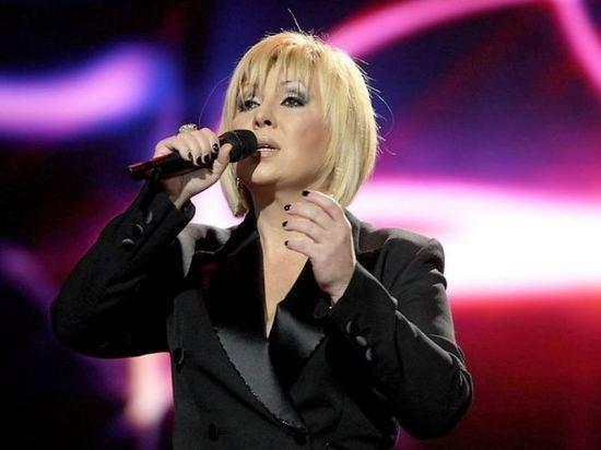 Эстрадная певица Ольга Зарубина, близкая подруга Валентины Легкоступовой заявила, что в смерти артистки виноват ее муж Юрий Фирсов
