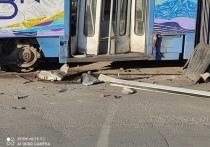 В Евпатории водитель на 4 часа остановил трамвайное движение