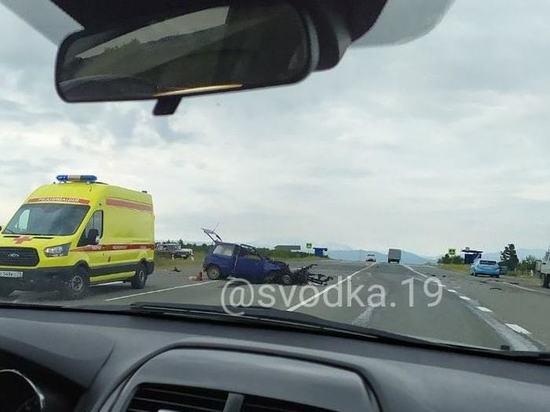 Водитель Оки погиб после столкновения с Лексусом на трассе в Хакасии
