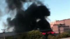 В Москве сгорел шинный склад: кадры жуткого черного дыма