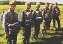 Под куполом и на мечах: юные десантники-костромичи тренируются