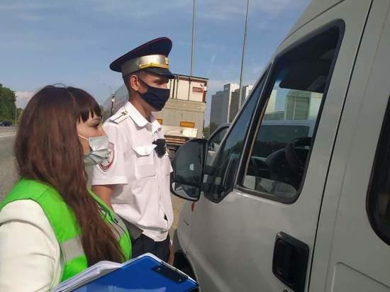 Пассажиров и водителей автобусов Чебоксары-Новочебоксарск проверили на наличие масок