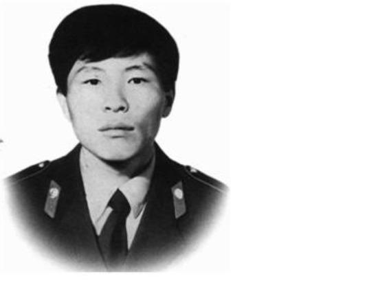 В Улан-Удэ почтили память правоохранителя, умершего от термических ожогов